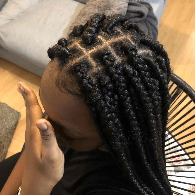 salon de coiffure afro tresse tresses box braids crochet braids vanilles tissages paris 75 77 78 91 92 93 94 95 VIDQIUEH