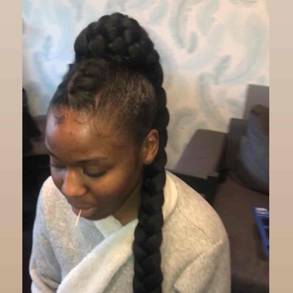 salon de coiffure afro tresse tresses box braids crochet braids vanilles tissages paris 75 77 78 91 92 93 94 95 CVYSHESW