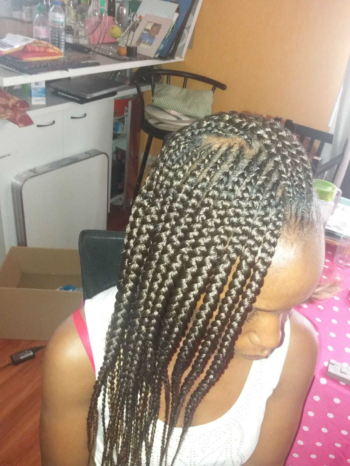 salon de coiffure afro tresse tresses box braids crochet braids vanilles tissages paris 75 77 78 91 92 93 94 95 EKJBSAQT
