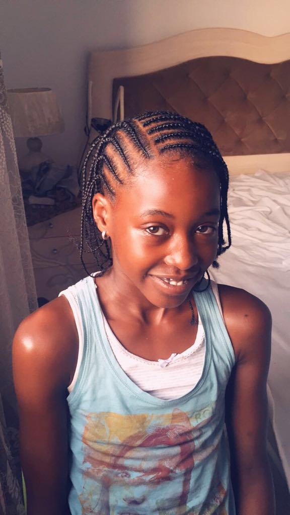 salon de coiffure afro tresse tresses box braids crochet braids vanilles tissages paris 75 77 78 91 92 93 94 95 OCRRXPDI