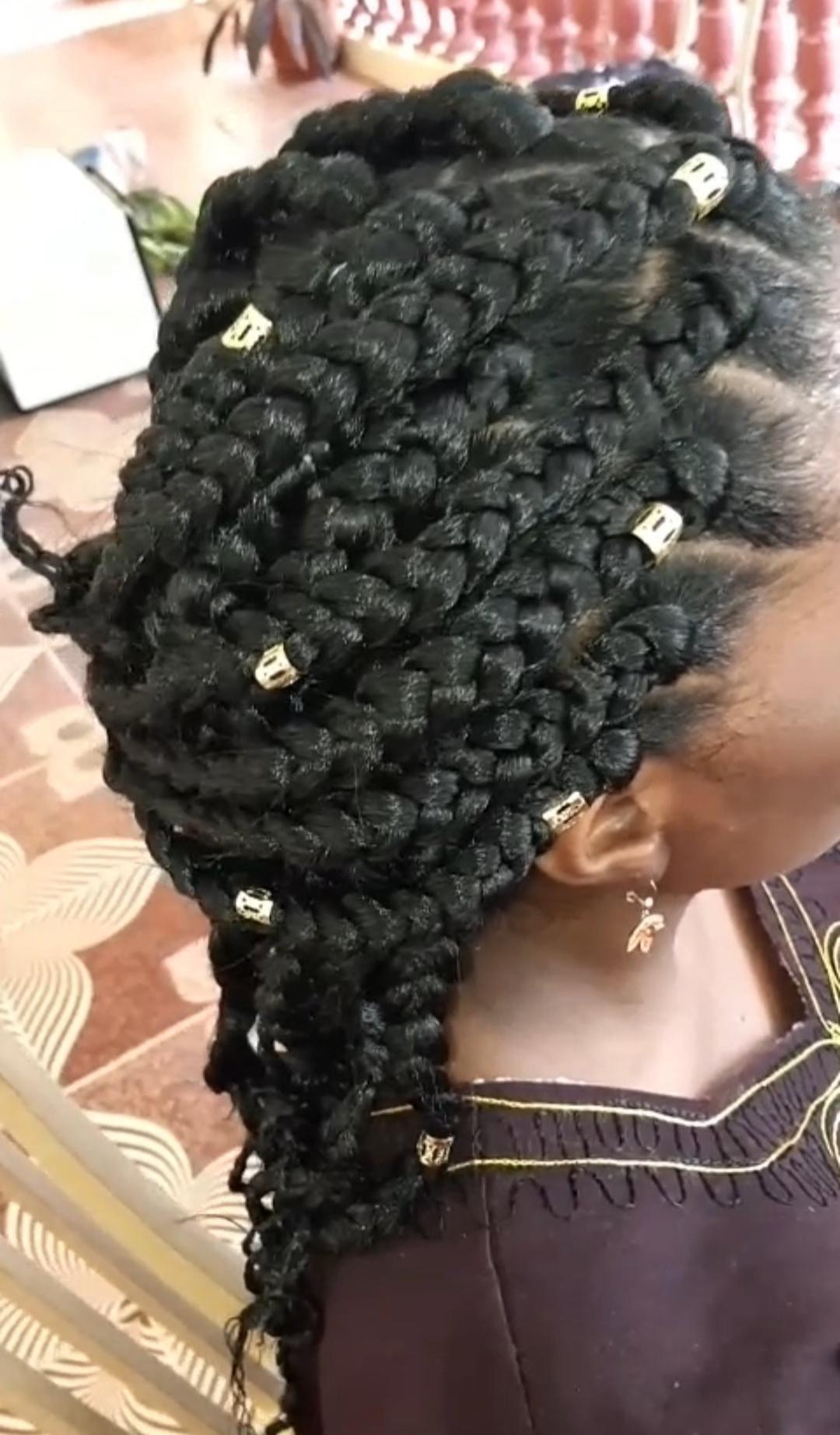 salon de coiffure afro tresse tresses box braids crochet braids vanilles tissages paris 75 77 78 91 92 93 94 95 CWMLFOVX
