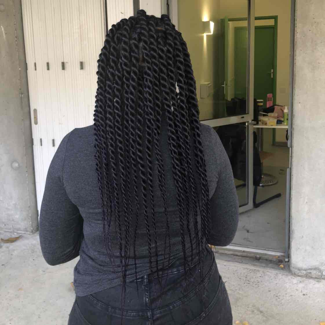 salon de coiffure afro tresse tresses box braids crochet braids vanilles tissages paris 75 77 78 91 92 93 94 95 SWIOAGOQ