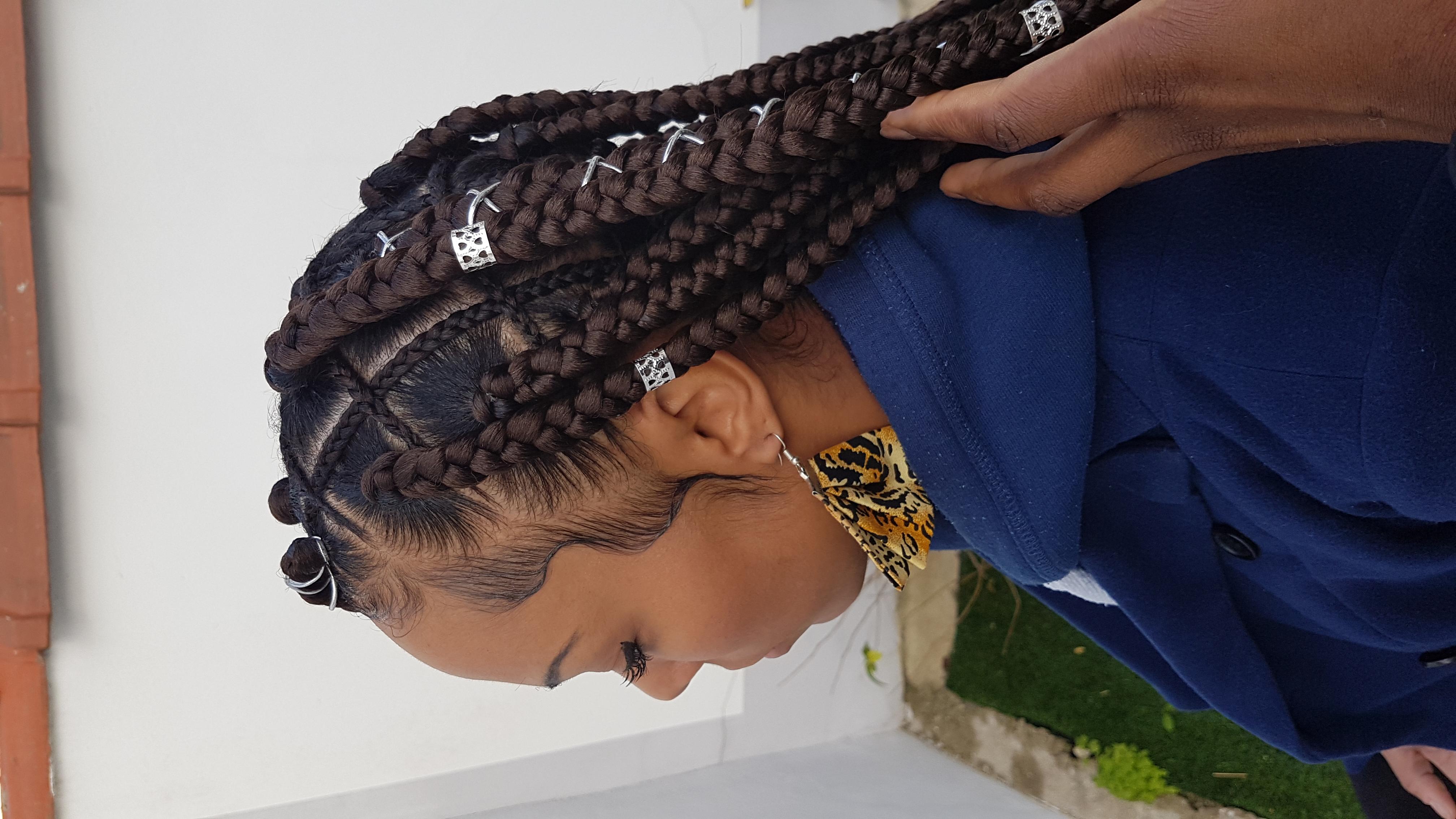 salon de coiffure afro tresse tresses box braids crochet braids vanilles tissages paris 75 77 78 91 92 93 94 95 KRJBAXDO