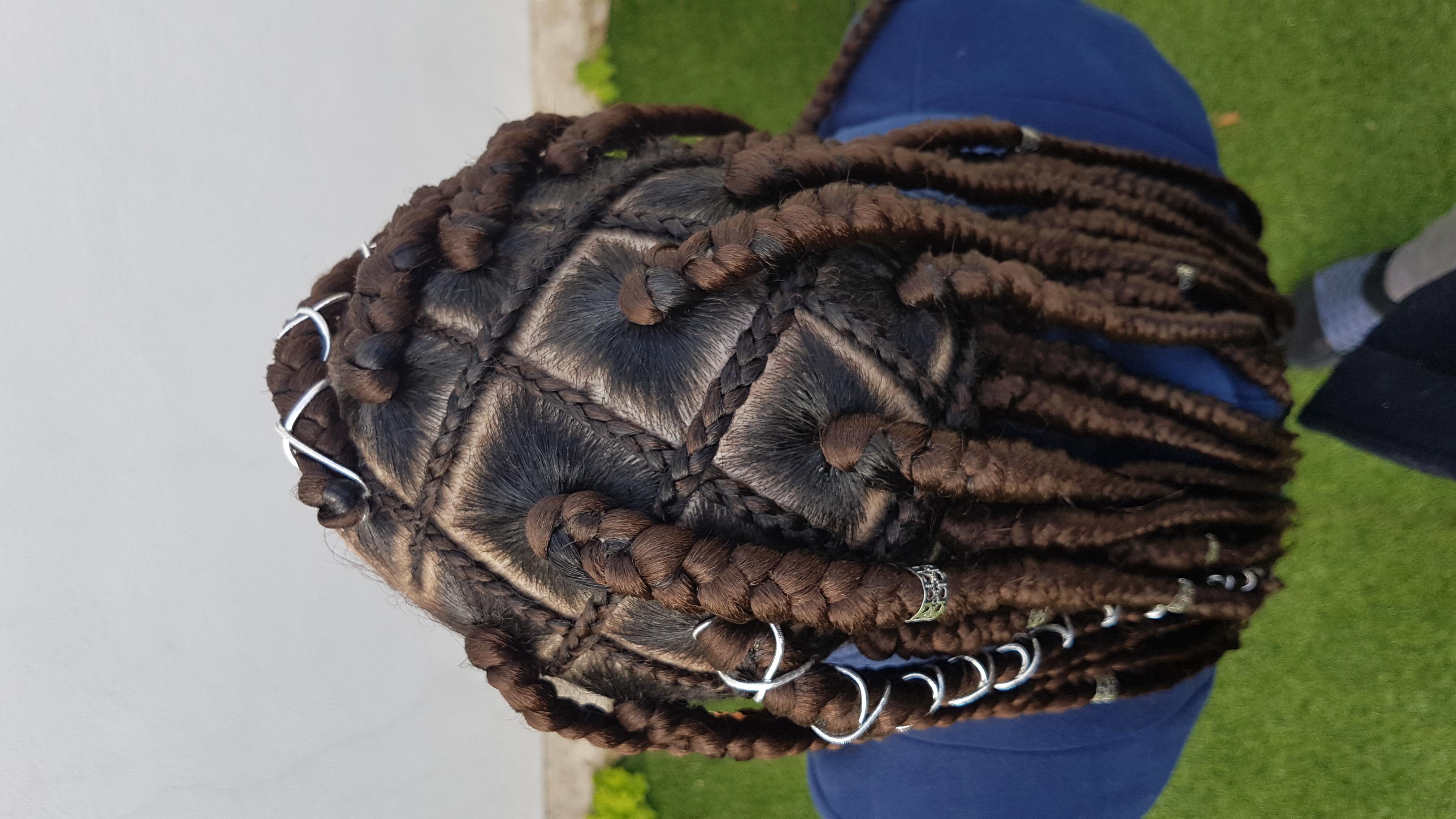 salon de coiffure afro tresse tresses box braids crochet braids vanilles tissages paris 75 77 78 91 92 93 94 95 LFYXWIVY