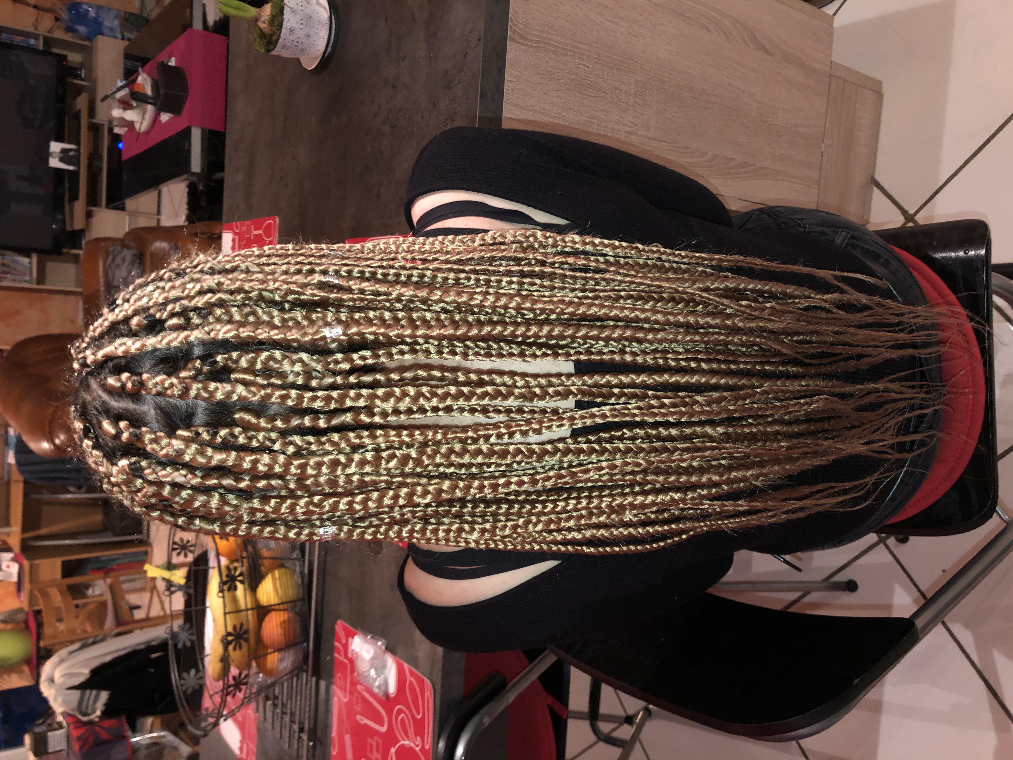 salon de coiffure afro tresse tresses box braids crochet braids vanilles tissages paris 75 77 78 91 92 93 94 95 EUNRJCMX