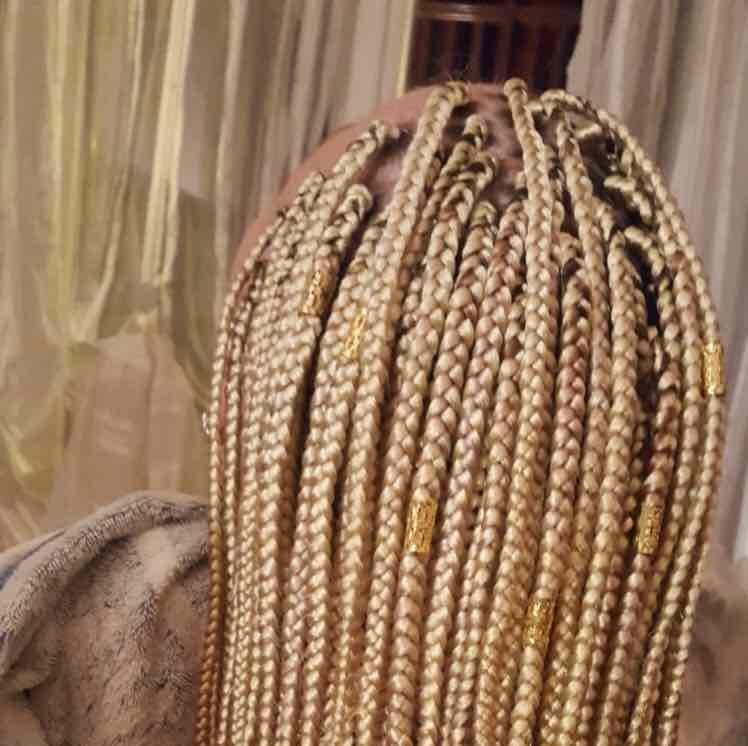 salon de coiffure afro tresse tresses box braids crochet braids vanilles tissages paris 75 77 78 91 92 93 94 95 AZNFRXHK