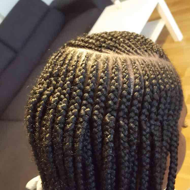 salon de coiffure afro tresse tresses box braids crochet braids vanilles tissages paris 75 77 78 91 92 93 94 95 DGJKSNEI