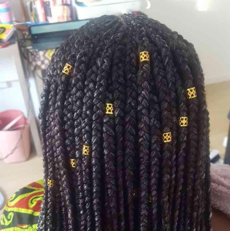 salon de coiffure afro tresse tresses box braids crochet braids vanilles tissages paris 75 77 78 91 92 93 94 95 CTTPFFRM
