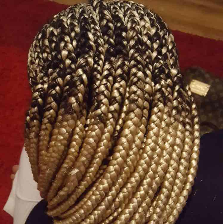 salon de coiffure afro tresse tresses box braids crochet braids vanilles tissages paris 75 77 78 91 92 93 94 95 HHEVIKCM