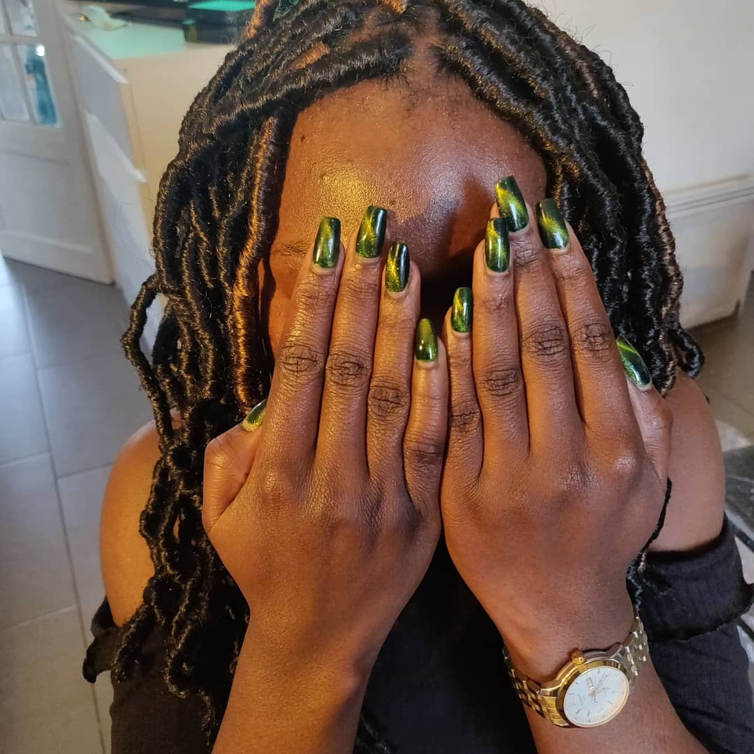 salon de coiffure afro tresse tresses box braids crochet braids vanilles tissages paris 75 77 78 91 92 93 94 95 VWEIENXB