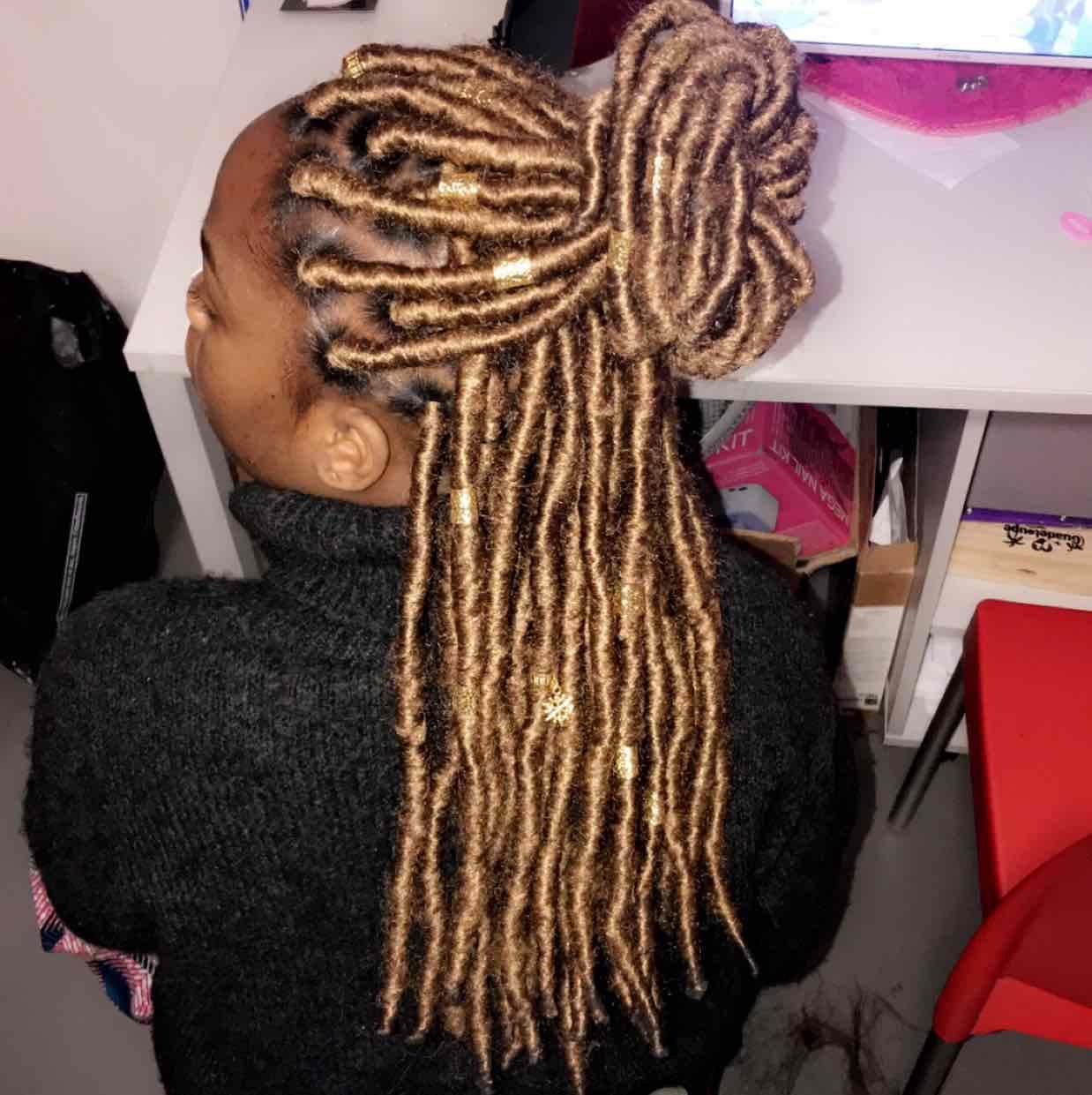 salon de coiffure afro tresse tresses box braids crochet braids vanilles tissages paris 75 77 78 91 92 93 94 95 RJXHEVBL