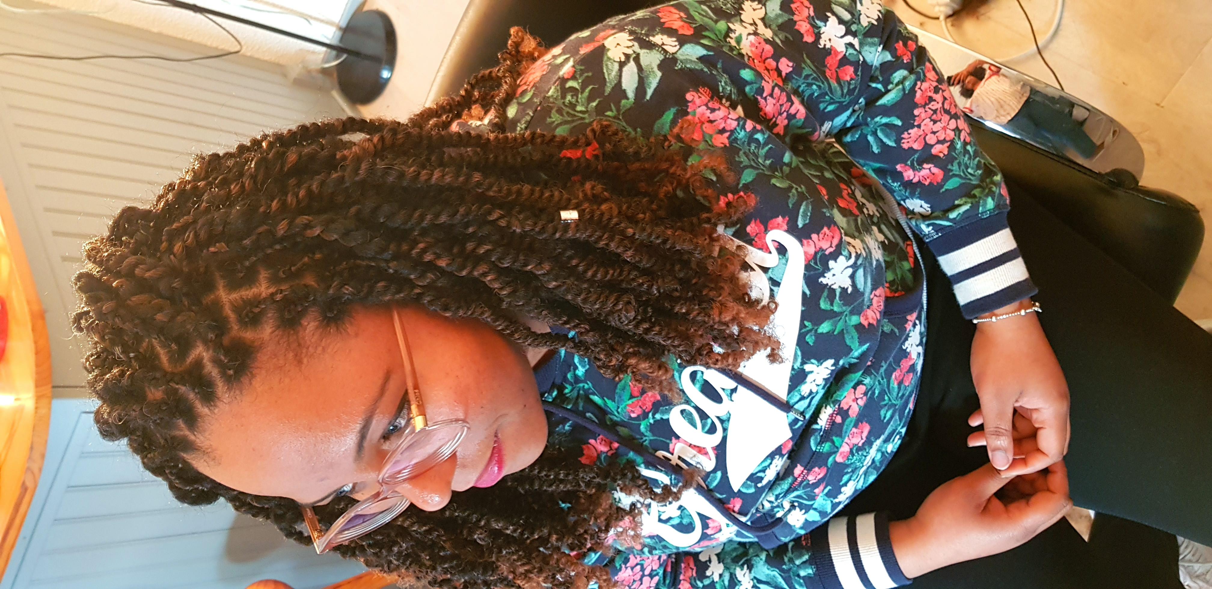 salon de coiffure afro tresse tresses box braids crochet braids vanilles tissages paris 75 77 78 91 92 93 94 95 CLKPHLQE