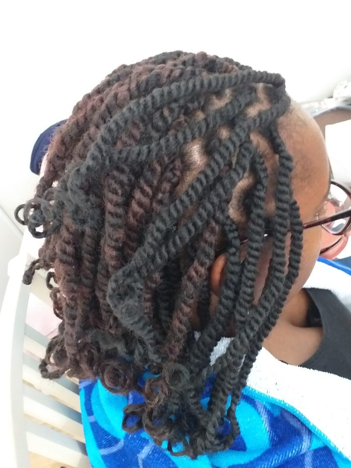 salon de coiffure afro tresse tresses box braids crochet braids vanilles tissages paris 75 77 78 91 92 93 94 95 JXBSDGRI