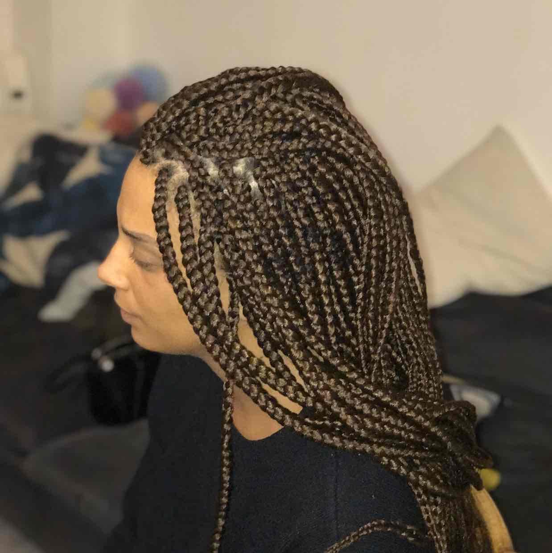 salon de coiffure afro tresse tresses box braids crochet braids vanilles tissages paris 75 77 78 91 92 93 94 95 JVGAPFOK