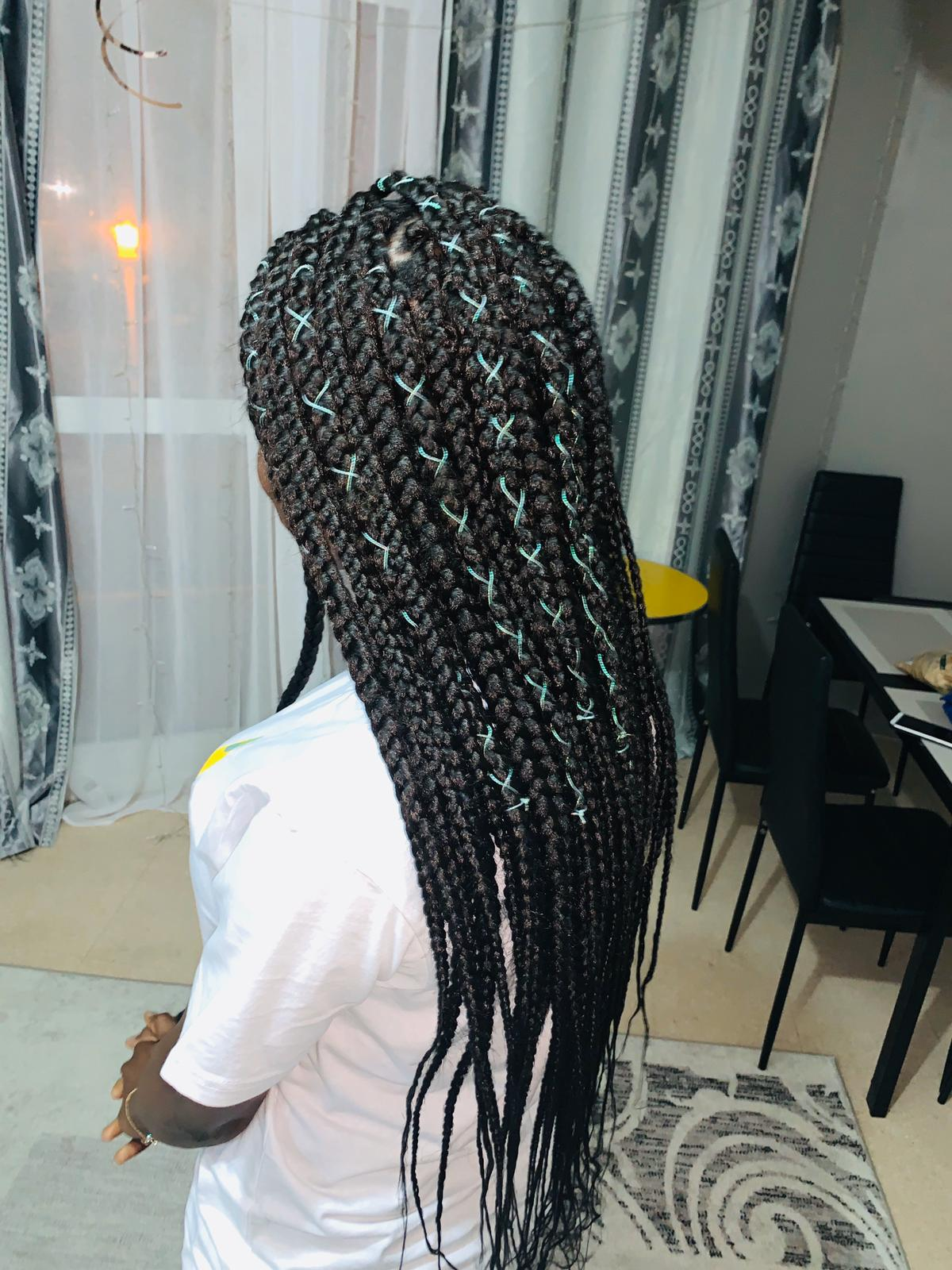 salon de coiffure afro tresse tresses box braids crochet braids vanilles tissages paris 75 77 78 91 92 93 94 95 IYEVFXAN
