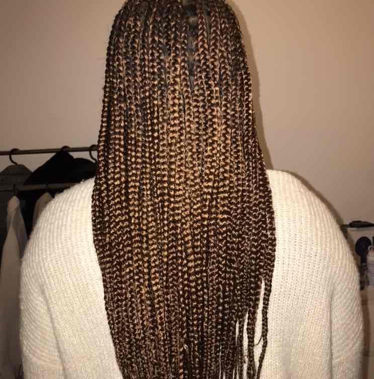 salon de coiffure afro tresse tresses box braids crochet braids vanilles tissages paris 75 77 78 91 92 93 94 95 SKJTXTDC