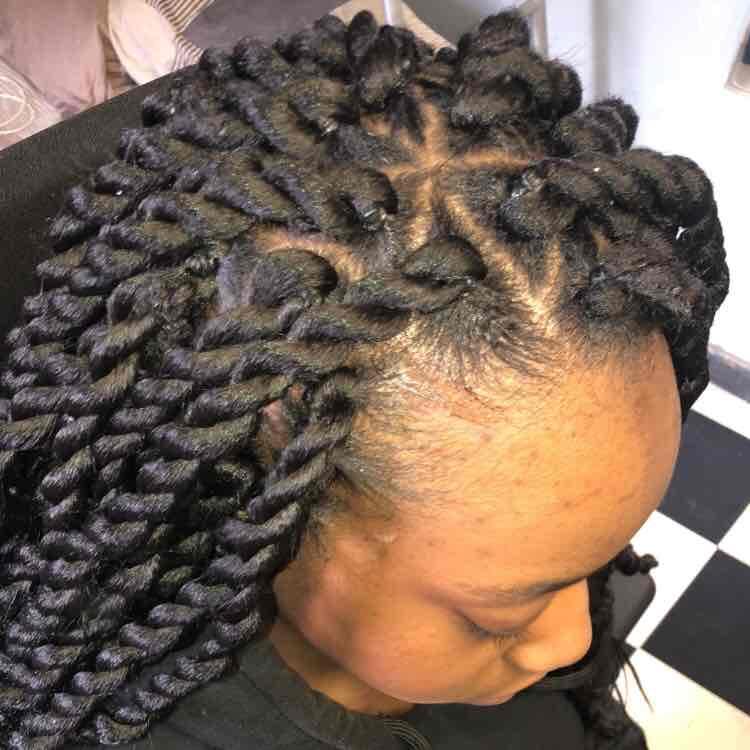 salon de coiffure afro tresse tresses box braids crochet braids vanilles tissages paris 75 77 78 91 92 93 94 95 SHLAZTIE