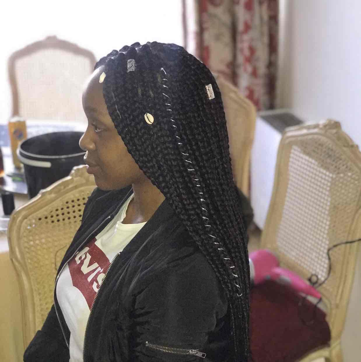 salon de coiffure afro tresse tresses box braids crochet braids vanilles tissages paris 75 77 78 91 92 93 94 95 IIBTMIAS