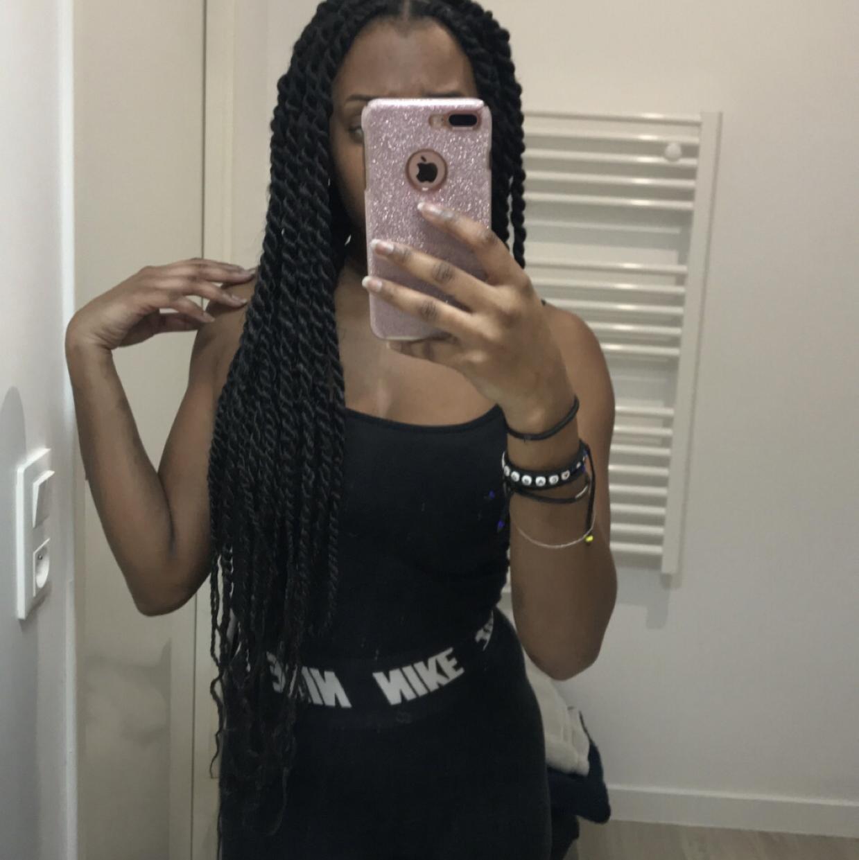 salon de coiffure afro tresse tresses box braids crochet braids vanilles tissages paris 75 77 78 91 92 93 94 95 JZPUXEHM