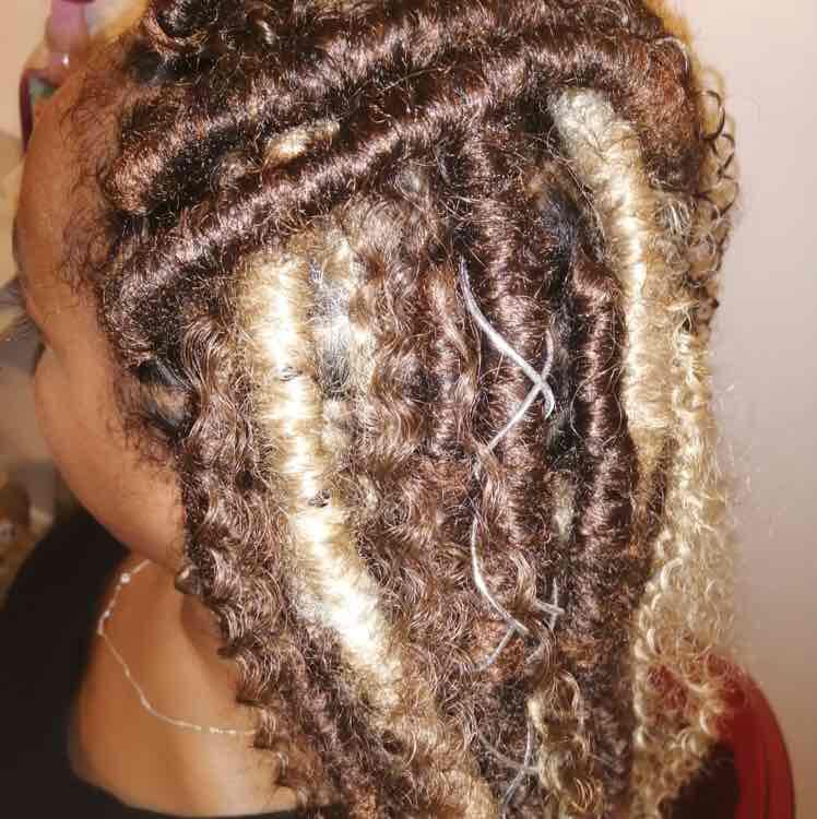 salon de coiffure afro tresse tresses box braids crochet braids vanilles tissages paris 75 77 78 91 92 93 94 95 KHHXHNMT