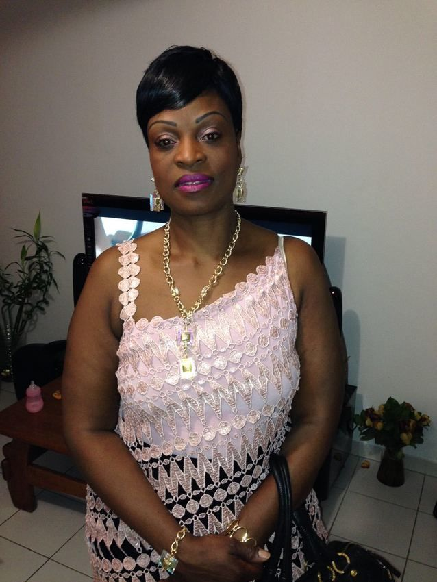 salon de coiffure afro tresse tresses box braids crochet braids vanilles tissages paris 75 77 78 91 92 93 94 95 IHYIRHNT