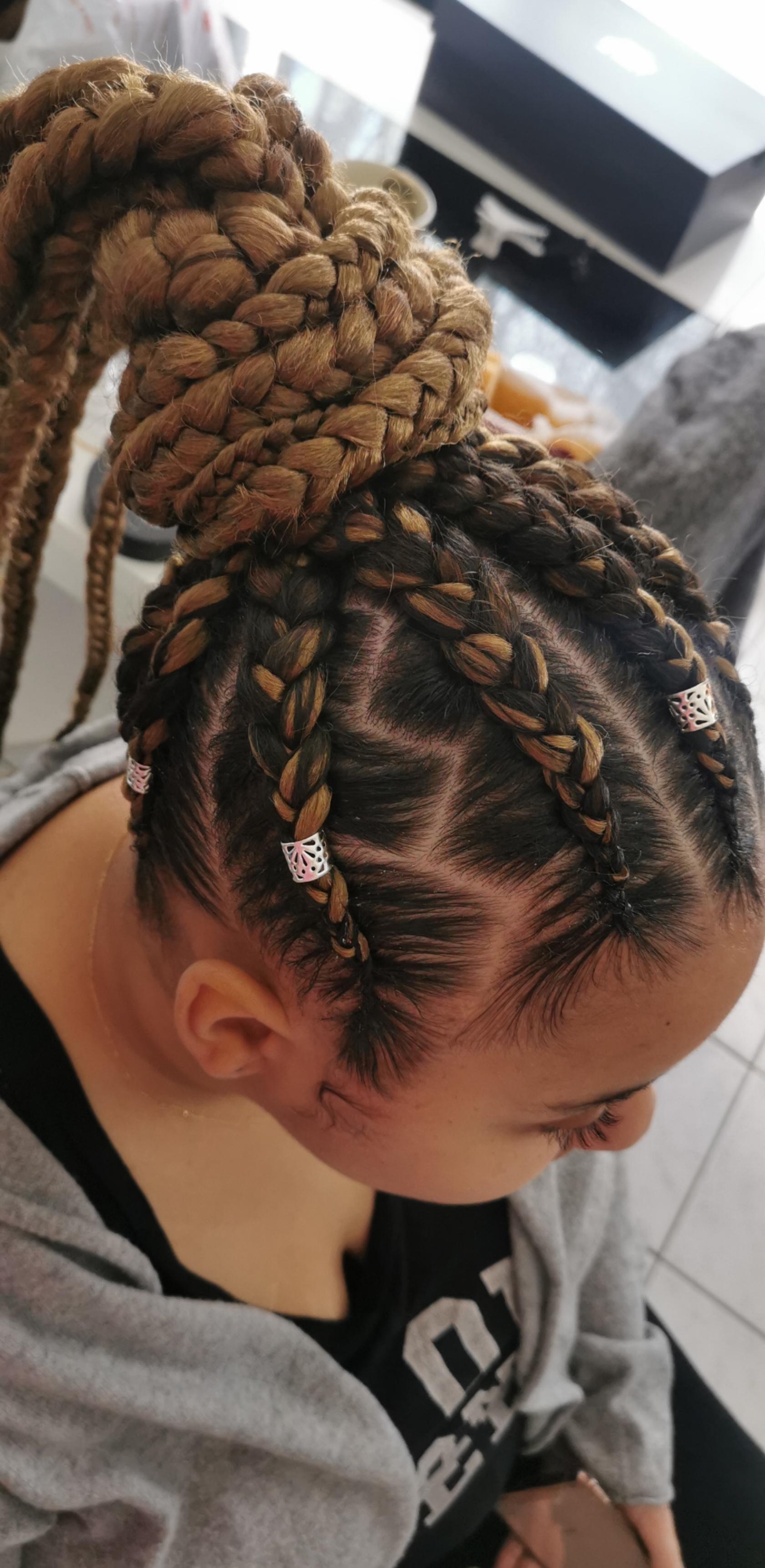 salon de coiffure afro tresse tresses box braids crochet braids vanilles tissages paris 75 77 78 91 92 93 94 95 LPLGKXKH