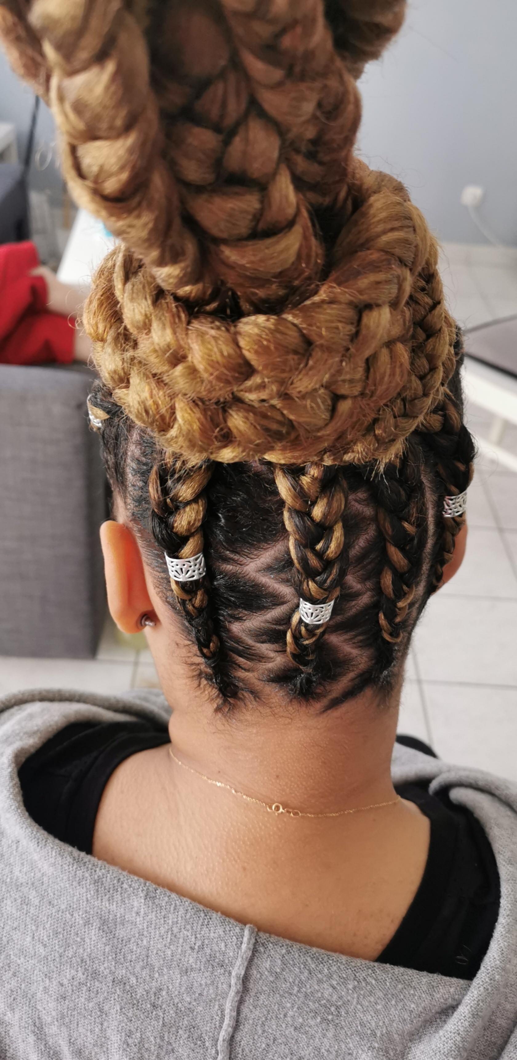 salon de coiffure afro tresse tresses box braids crochet braids vanilles tissages paris 75 77 78 91 92 93 94 95 NHSLTECT