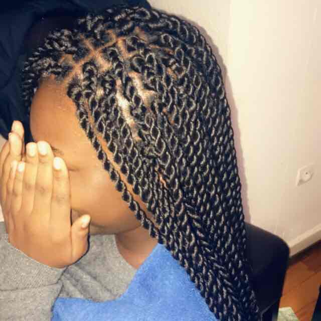 salon de coiffure afro tresse tresses box braids crochet braids vanilles tissages paris 75 77 78 91 92 93 94 95 NXMDTNNL