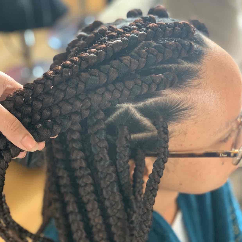 salon de coiffure afro tresse tresses box braids crochet braids vanilles tissages paris 75 77 78 91 92 93 94 95 SLZQNVSF
