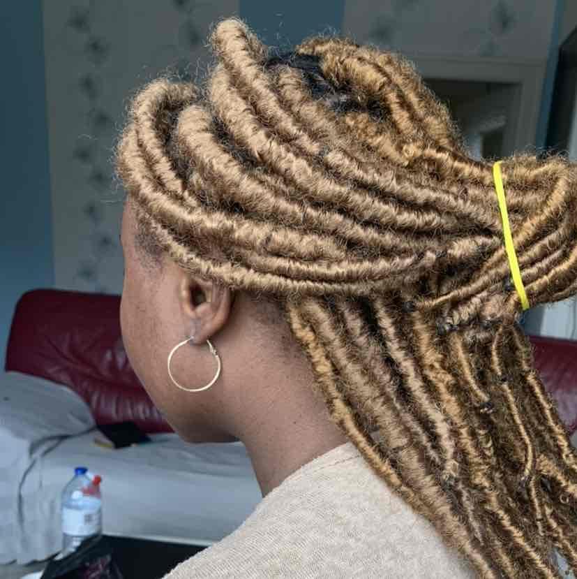 salon de coiffure afro tresse tresses box braids crochet braids vanilles tissages paris 75 77 78 91 92 93 94 95 KYZSYIDK