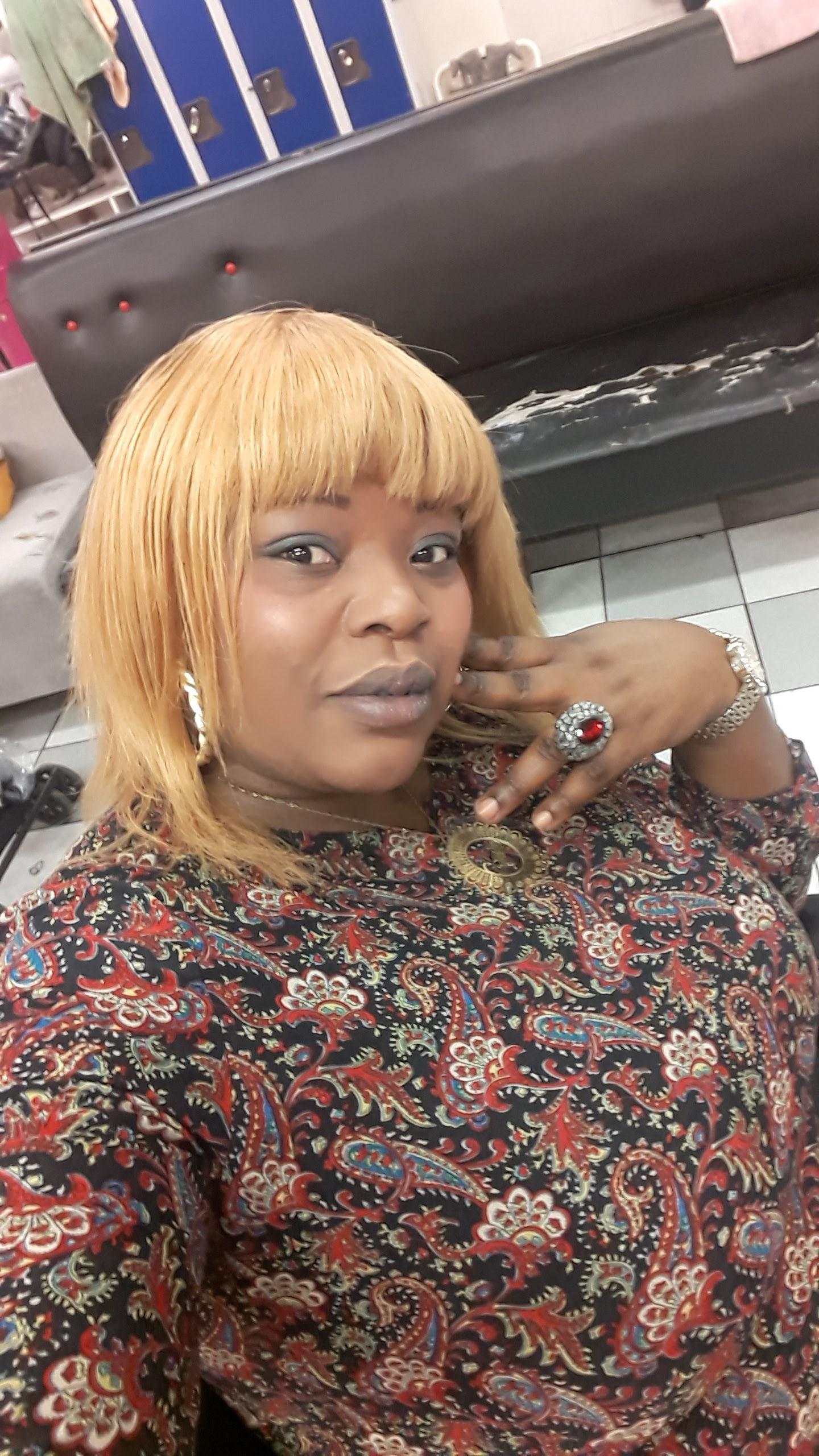 salon de coiffure afro tresse tresses box braids crochet braids vanilles tissages paris 75 77 78 91 92 93 94 95 CVPXJEEE