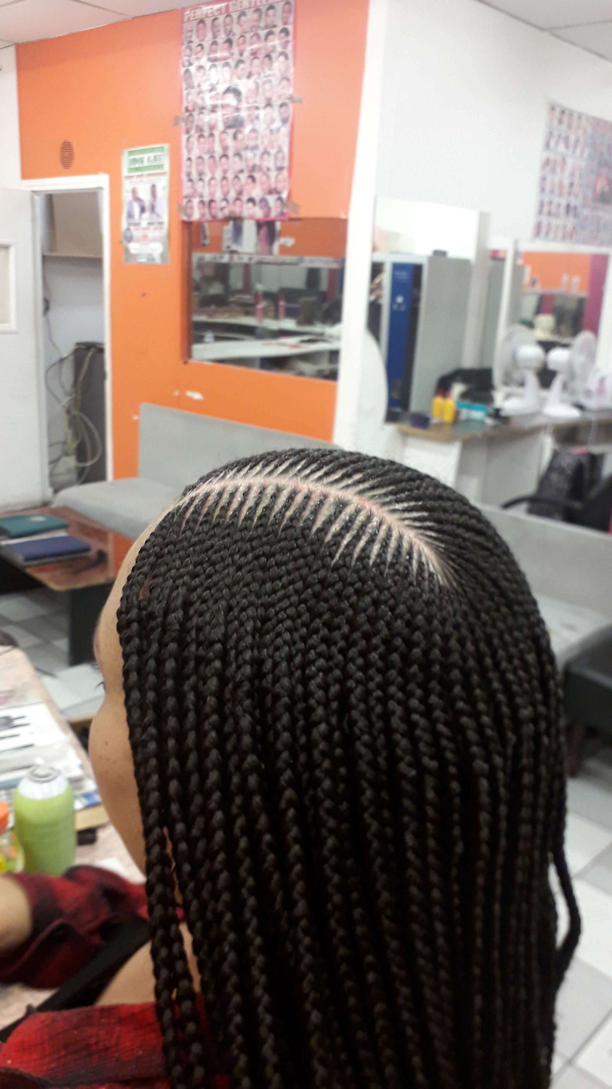 salon de coiffure afro tresse tresses box braids crochet braids vanilles tissages paris 75 77 78 91 92 93 94 95 PNVIBBOC