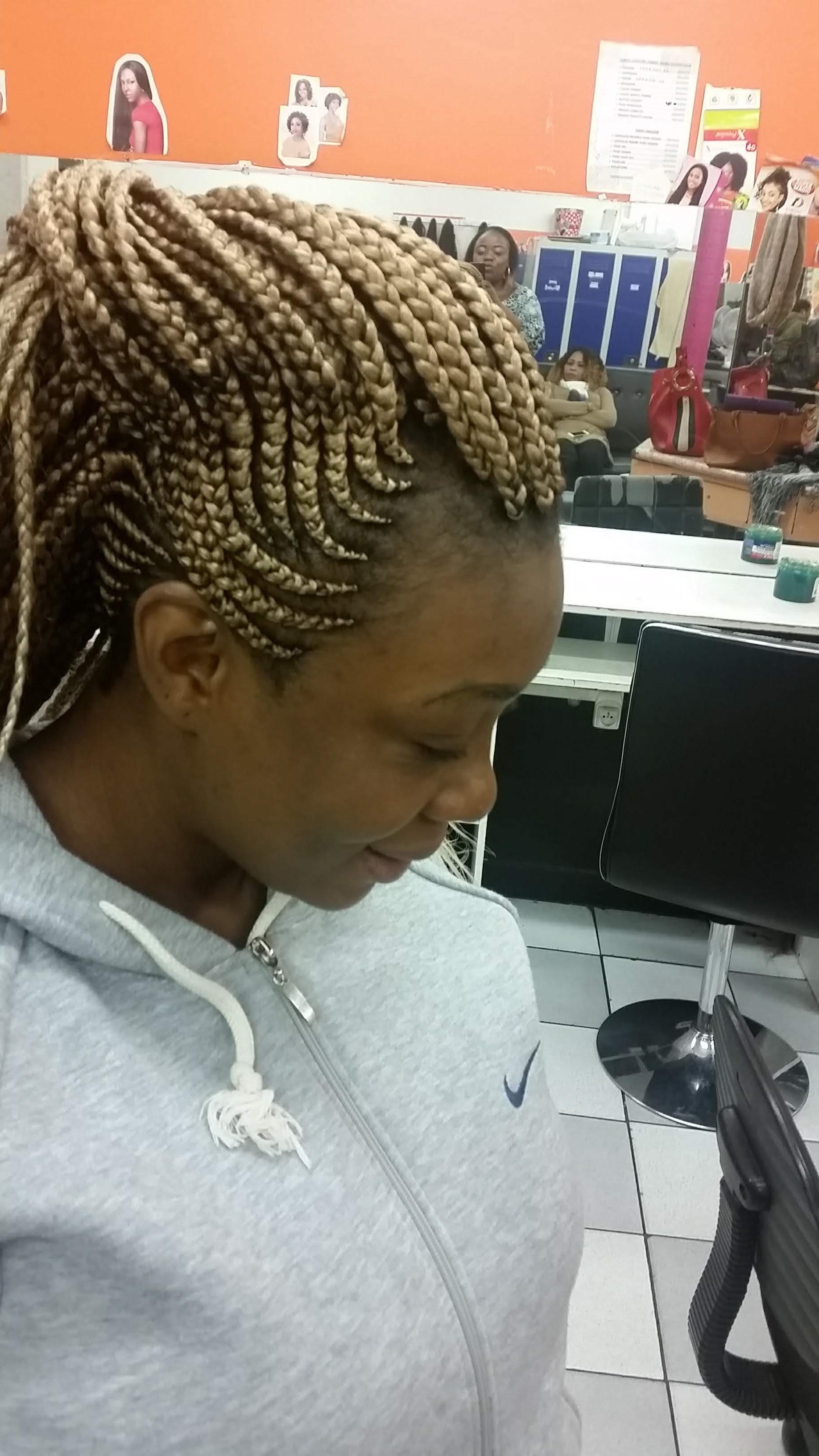 salon de coiffure afro tresse tresses box braids crochet braids vanilles tissages paris 75 77 78 91 92 93 94 95 MCNIGGUH
