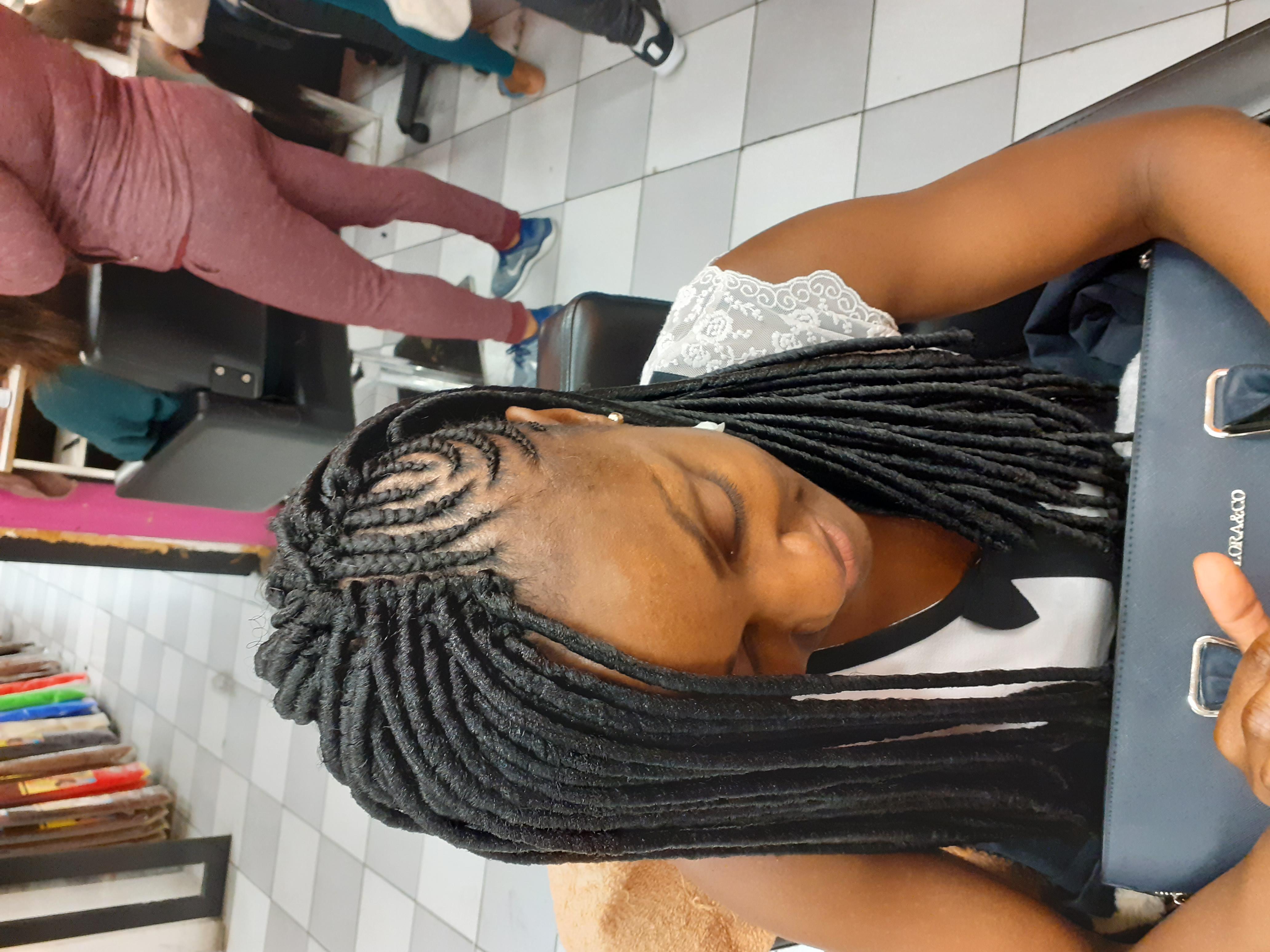 salon de coiffure afro tresse tresses box braids crochet braids vanilles tissages paris 75 77 78 91 92 93 94 95 TSRDHLLL