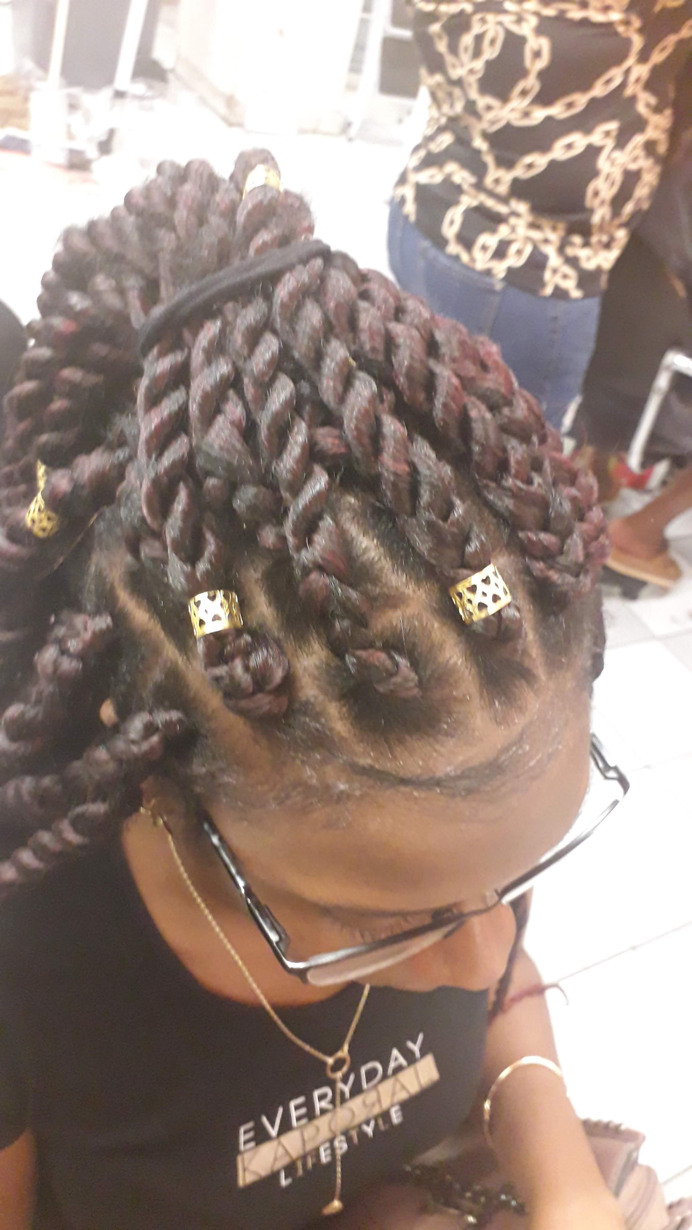 salon de coiffure afro tresse tresses box braids crochet braids vanilles tissages paris 75 77 78 91 92 93 94 95 JDGCPKII