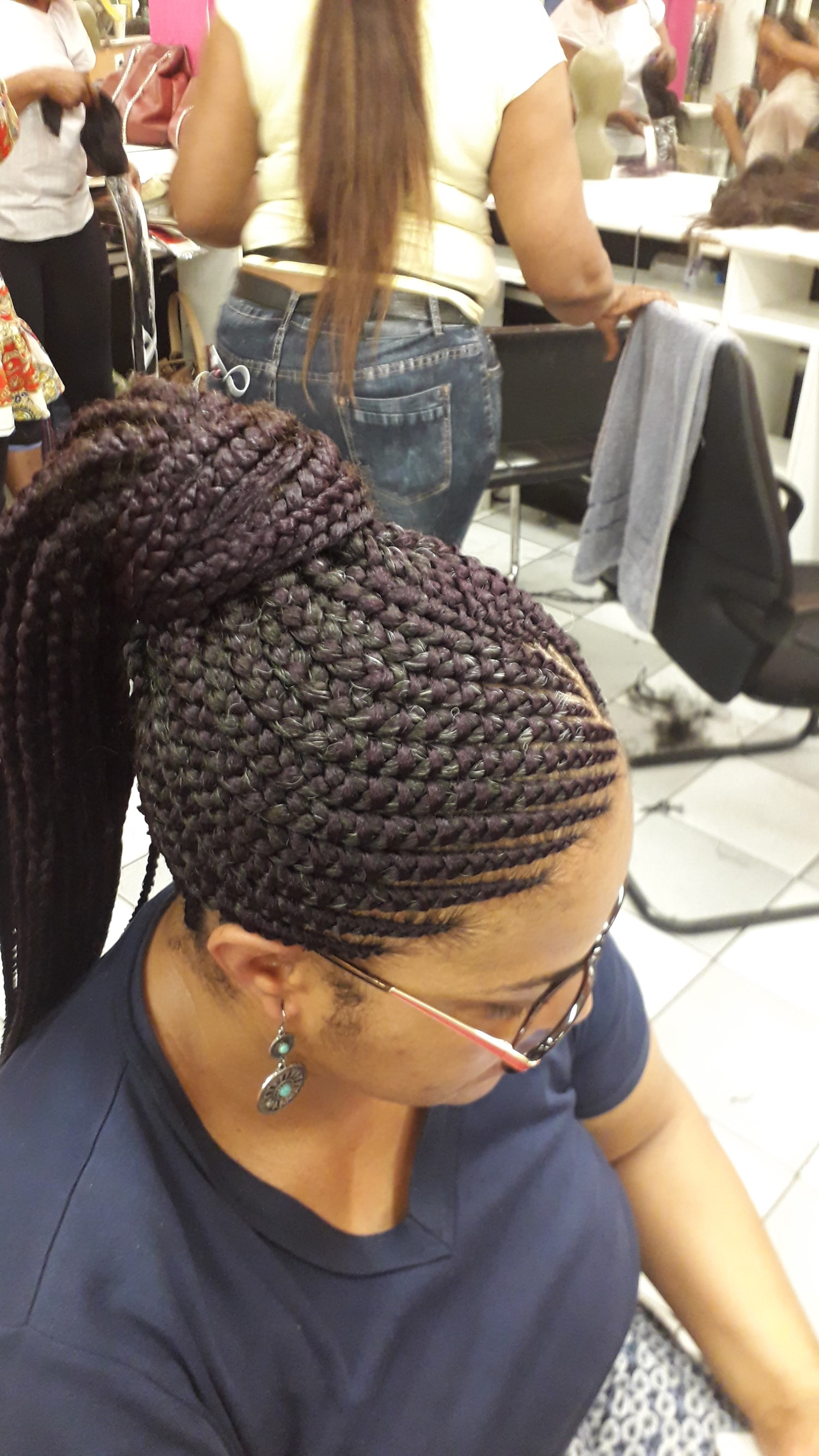 salon de coiffure afro tresse tresses box braids crochet braids vanilles tissages paris 75 77 78 91 92 93 94 95 EKIVUTUA