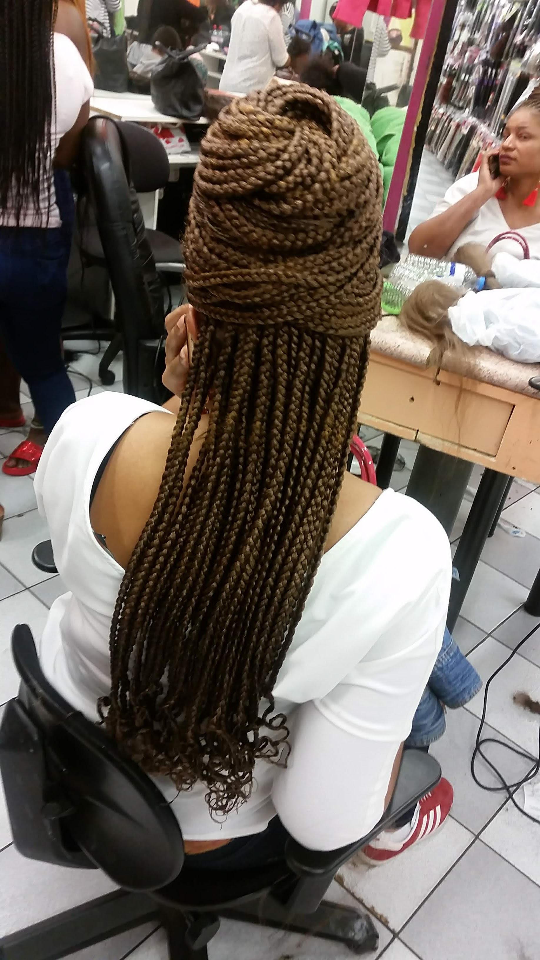 salon de coiffure afro tresse tresses box braids crochet braids vanilles tissages paris 75 77 78 91 92 93 94 95 GOYSWIKR
