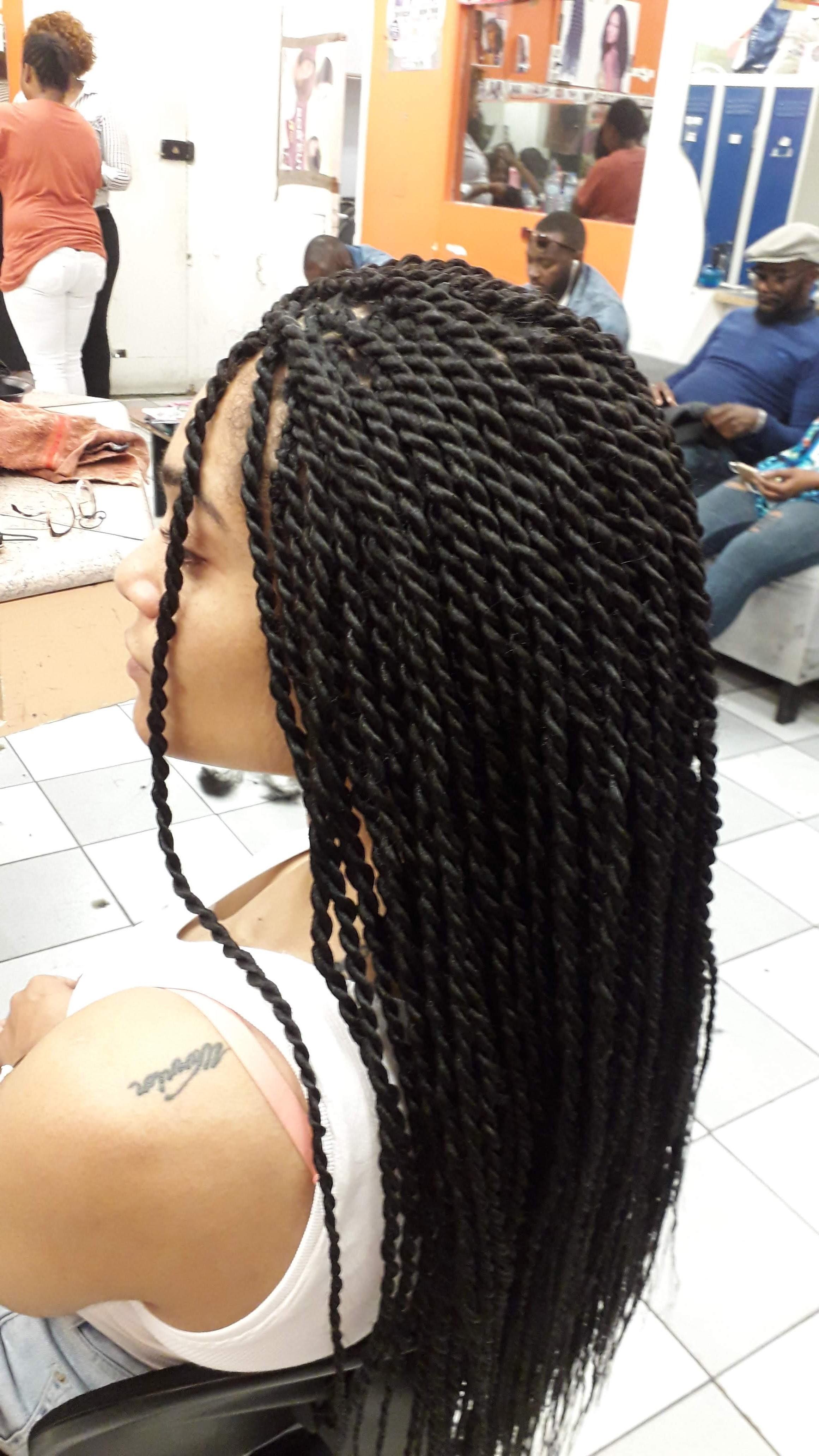 salon de coiffure afro tresse tresses box braids crochet braids vanilles tissages paris 75 77 78 91 92 93 94 95 KMOUEYEX