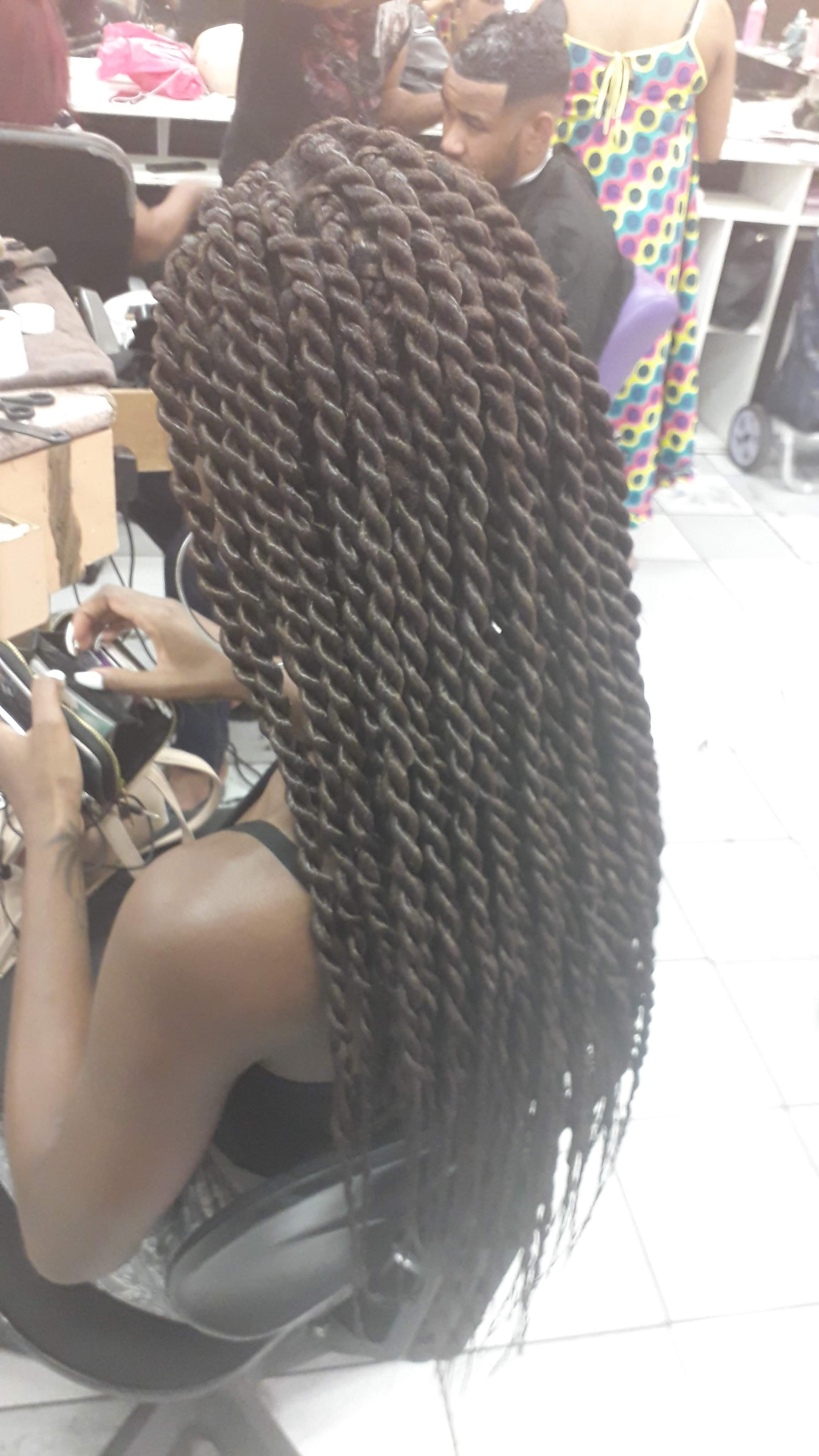 salon de coiffure afro tresse tresses box braids crochet braids vanilles tissages paris 75 77 78 91 92 93 94 95 TGNUBLYQ