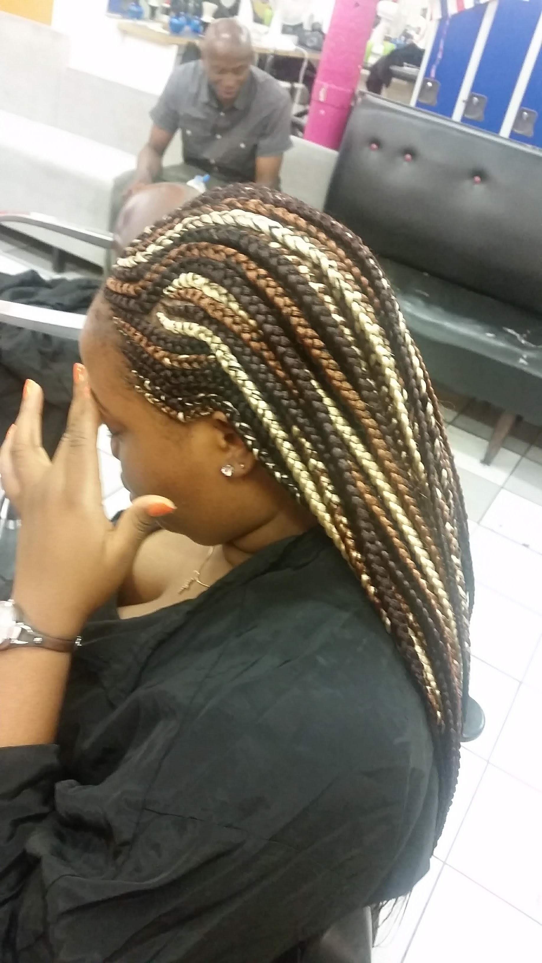 salon de coiffure afro tresse tresses box braids crochet braids vanilles tissages paris 75 77 78 91 92 93 94 95 DARTLEAI