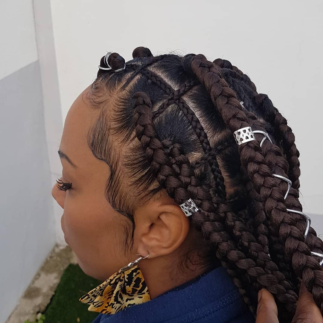 salon de coiffure afro tresse tresses box braids crochet braids vanilles tissages paris 75 77 78 91 92 93 94 95 UFKMRFNI