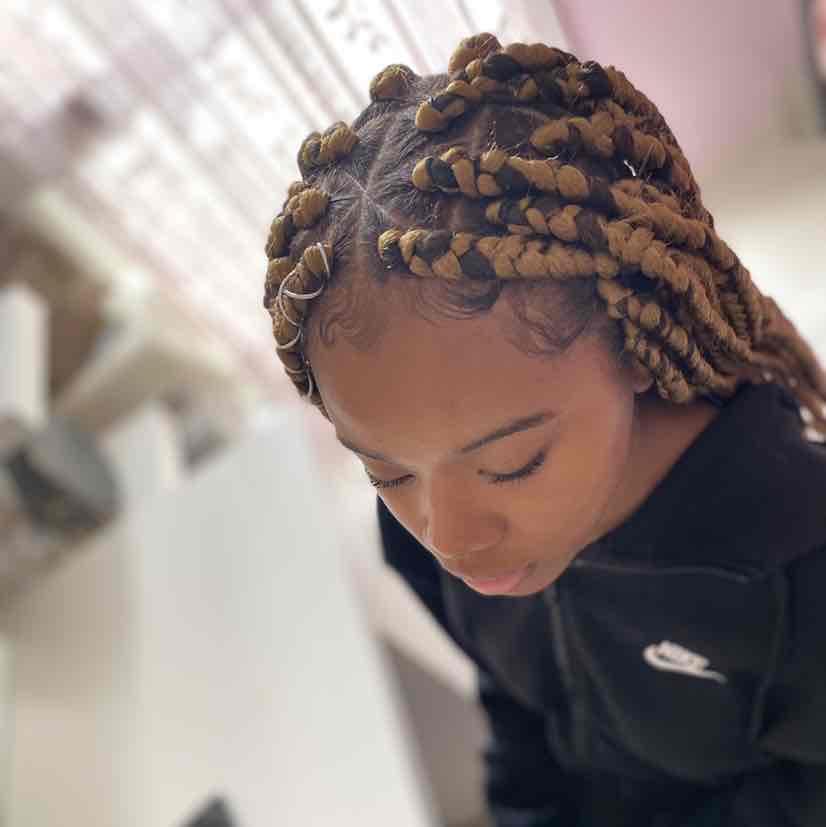 salon de coiffure afro tresse tresses box braids crochet braids vanilles tissages paris 75 77 78 91 92 93 94 95 KQLVBFJN