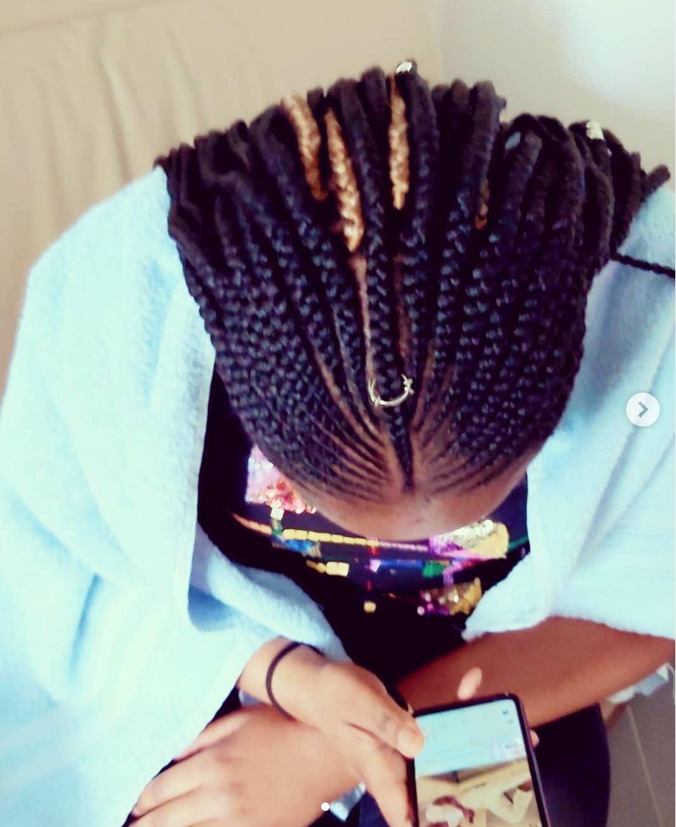 salon de coiffure afro tresse tresses box braids crochet braids vanilles tissages paris 75 77 78 91 92 93 94 95 THGTUYWL