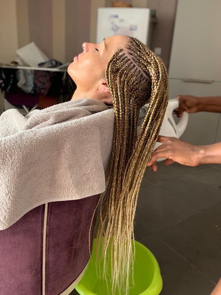 salon de coiffure afro tresse tresses box braids crochet braids vanilles tissages paris 75 77 78 91 92 93 94 95 BLGKBSGA