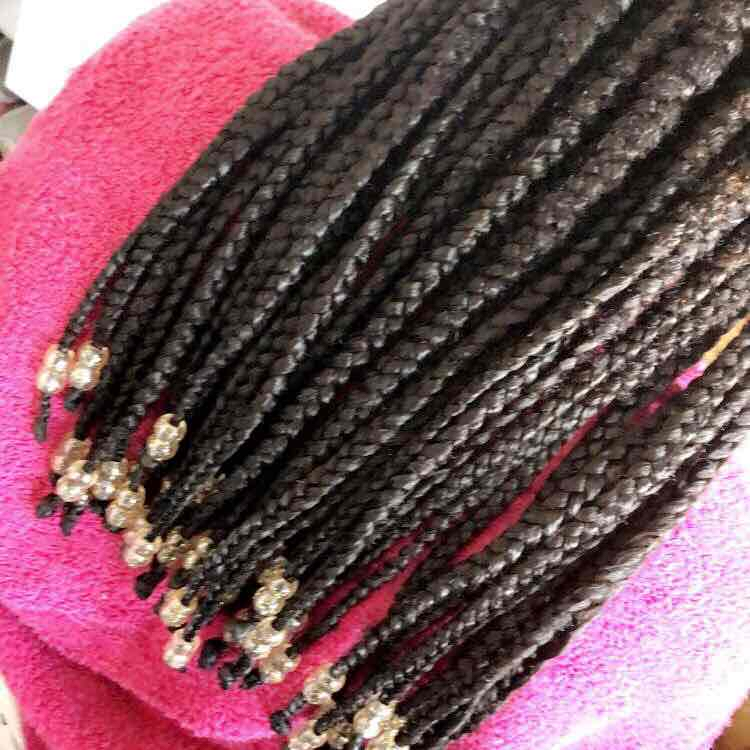 salon de coiffure afro tresse tresses box braids crochet braids vanilles tissages paris 75 77 78 91 92 93 94 95 SQSHQLHT