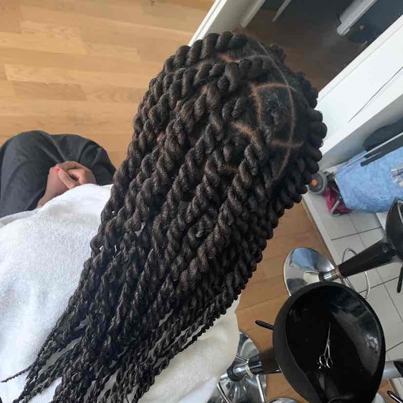 salon de coiffure afro tresse tresses box braids crochet braids vanilles tissages paris 75 77 78 91 92 93 94 95 RJRCQYWA