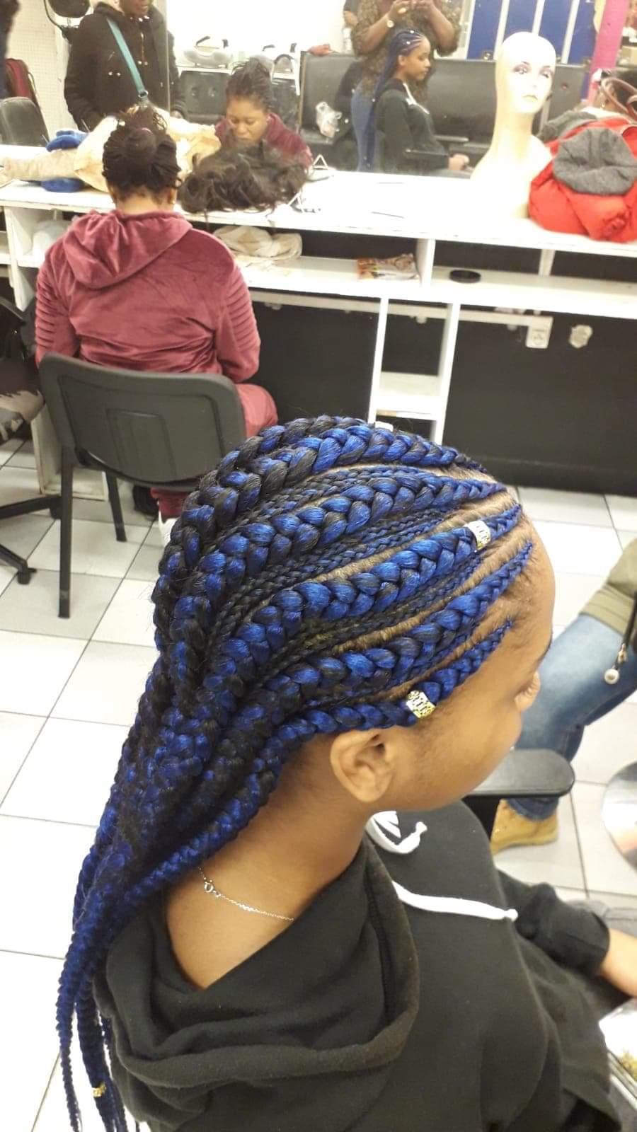 salon de coiffure afro tresse tresses box braids crochet braids vanilles tissages paris 75 77 78 91 92 93 94 95 JLXBWUQD
