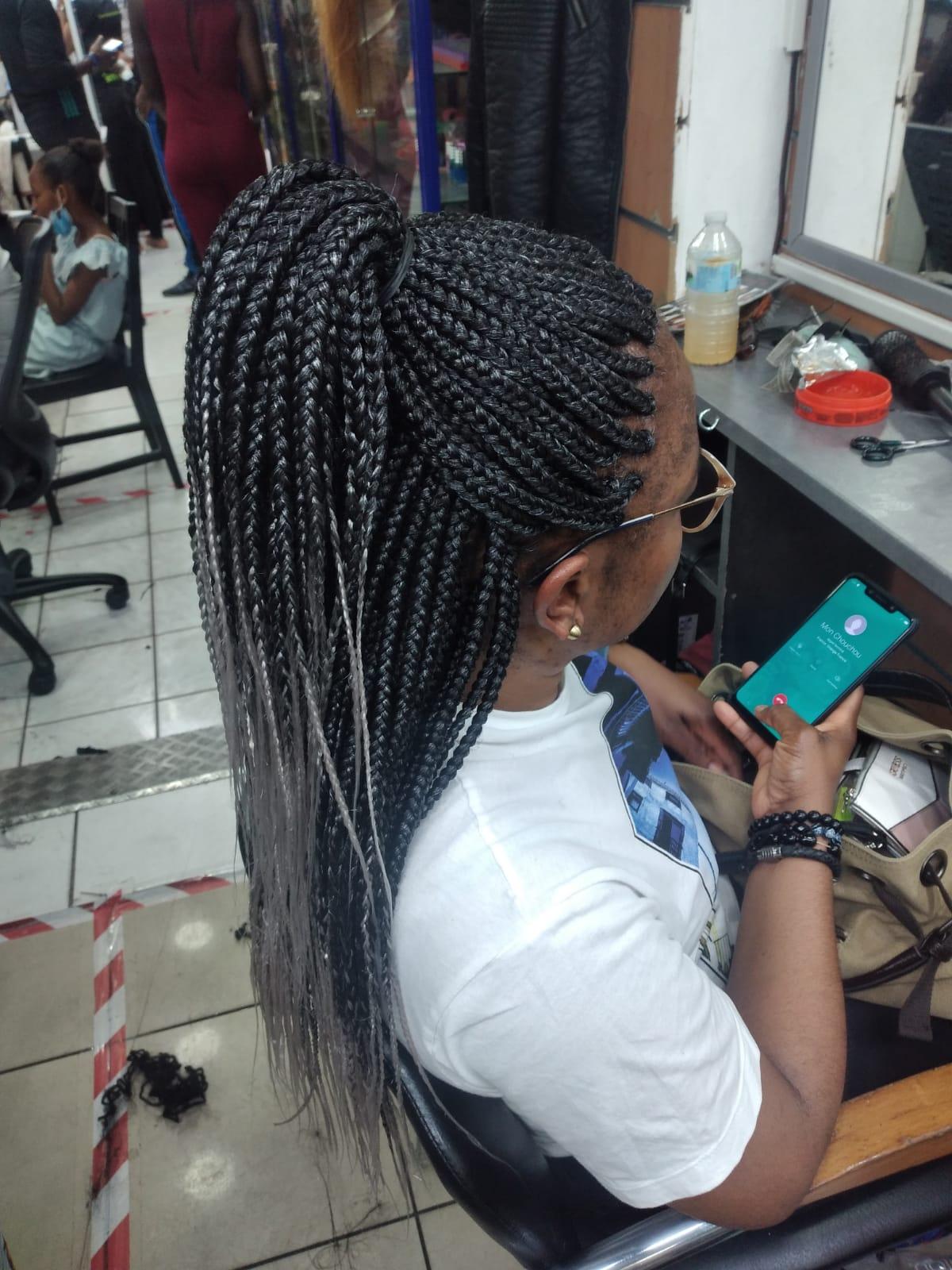 salon de coiffure afro tresse tresses box braids crochet braids vanilles tissages paris 75 77 78 91 92 93 94 95 MNYPQHNS