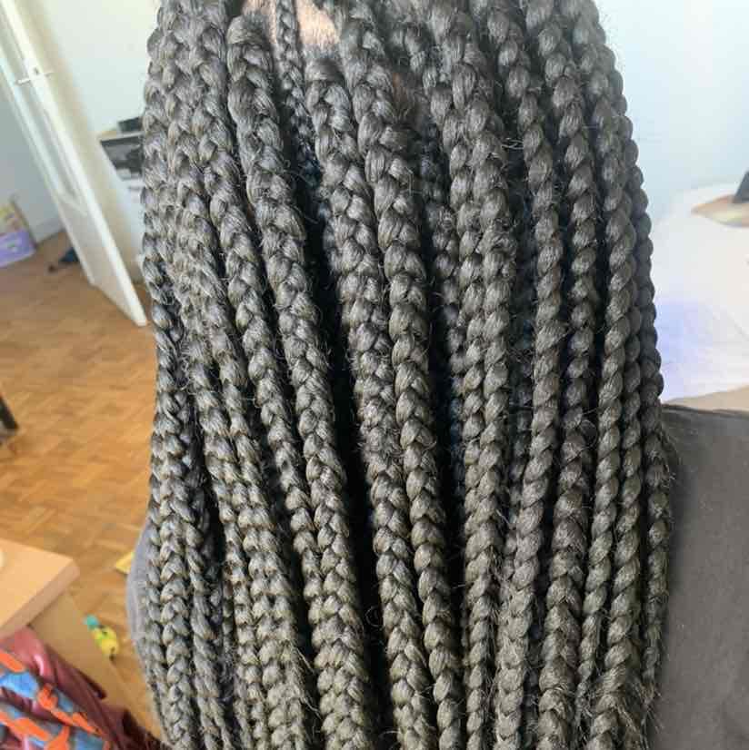 salon de coiffure afro tresse tresses box braids crochet braids vanilles tissages paris 75 77 78 91 92 93 94 95 HBNRXVRS