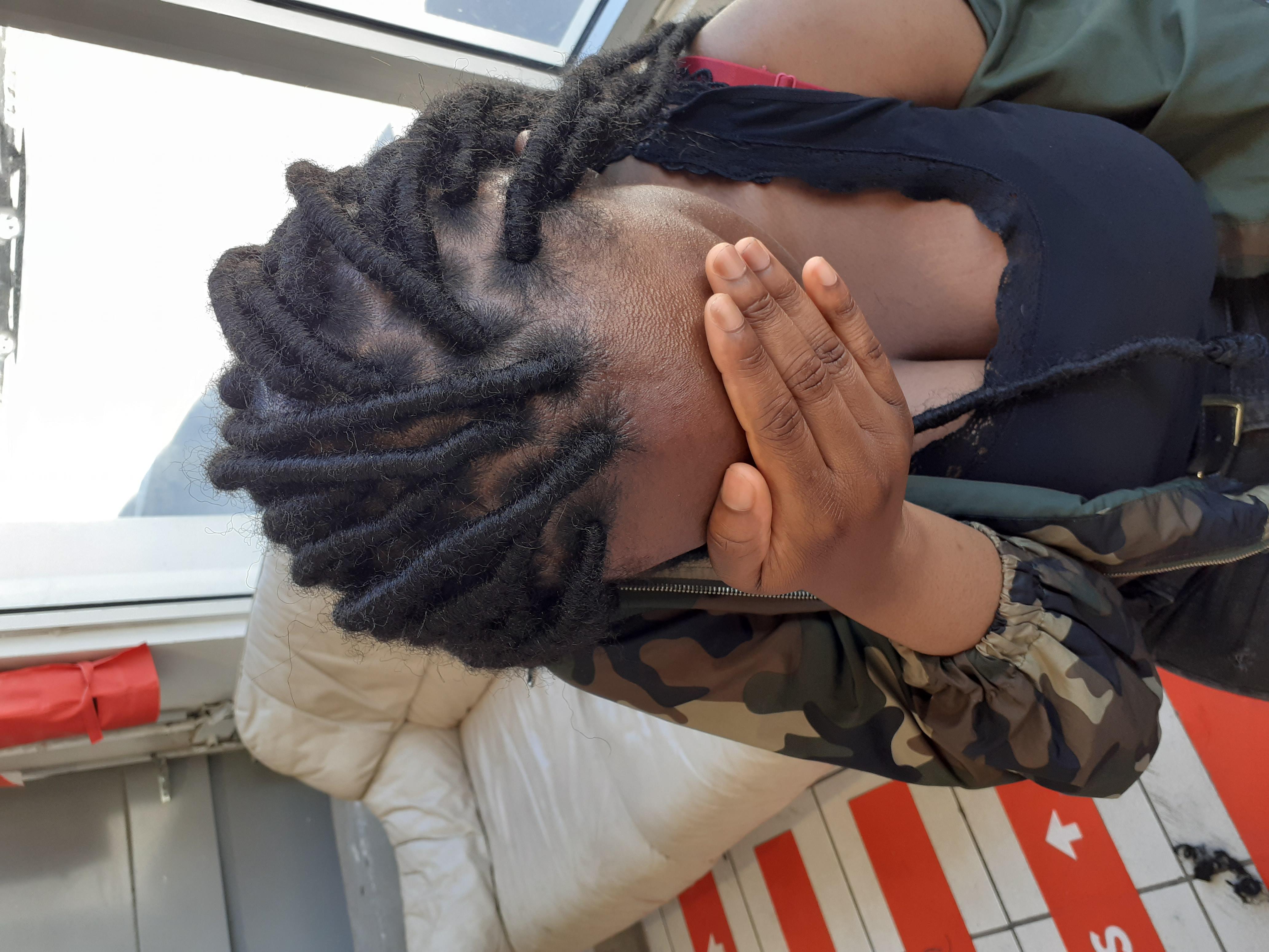 salon de coiffure afro tresse tresses box braids crochet braids vanilles tissages paris 75 77 78 91 92 93 94 95 AJXMMDBN